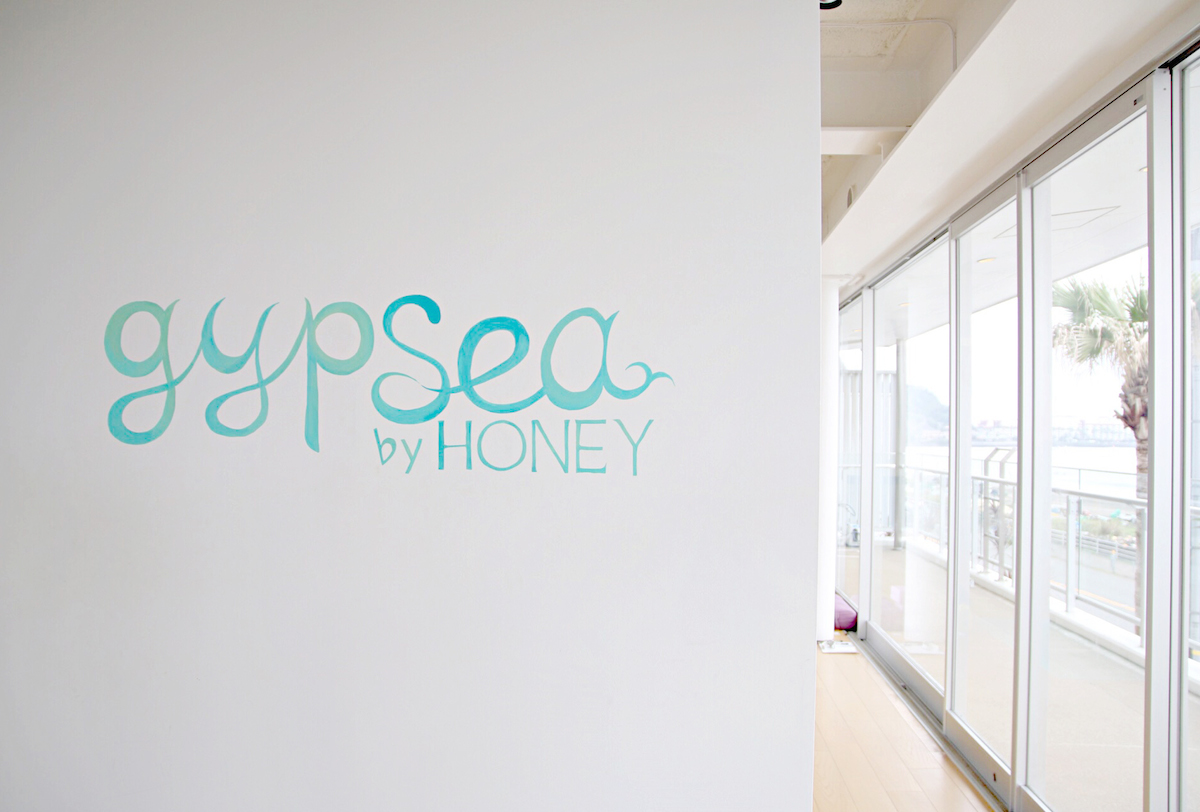 GYPSEABYHONEY_YOGA_01.jpg