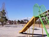 マンション敷地内にある公園は遊具も充実で活用度大。