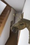 コートハンガーが馬モチーフでキュート。