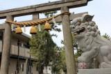 すぐ隣にある鶴峰八幡宮。