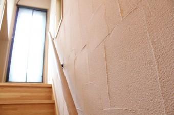 塗壁のテクスチャってやっぱりいいよね。