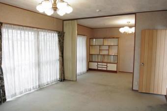 温室に面した1階洋室