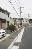 近隣に立ち並新しい住宅