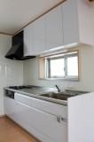 キッチンに自然光が入るのって結構贅沢。