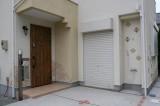 A区画隣の建売住宅の外付けシャワー