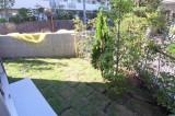 視線を集めるから庭の手入れはしっかりと。I棟。