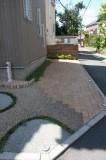 駐車スペースと便利な外付け水道
