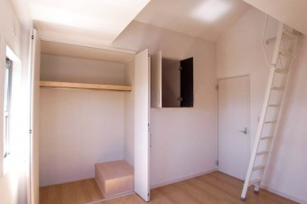家具がなくてもオシャレ感の漂う室内。