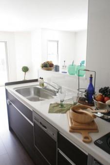 フルオープン対面式キッチン