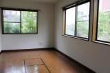 1階の納戸。もはや納戸の域を超えている……。